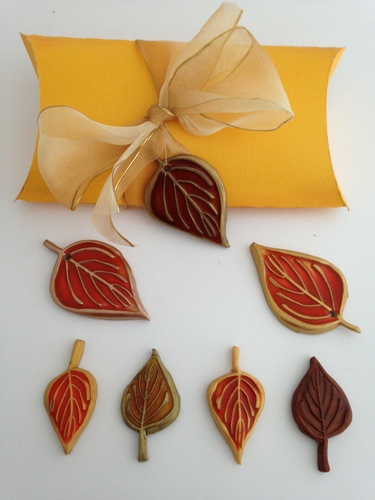 CraftyGoat's Notes: Leaf Pendants with Liquid Clay and Alcohol Inks