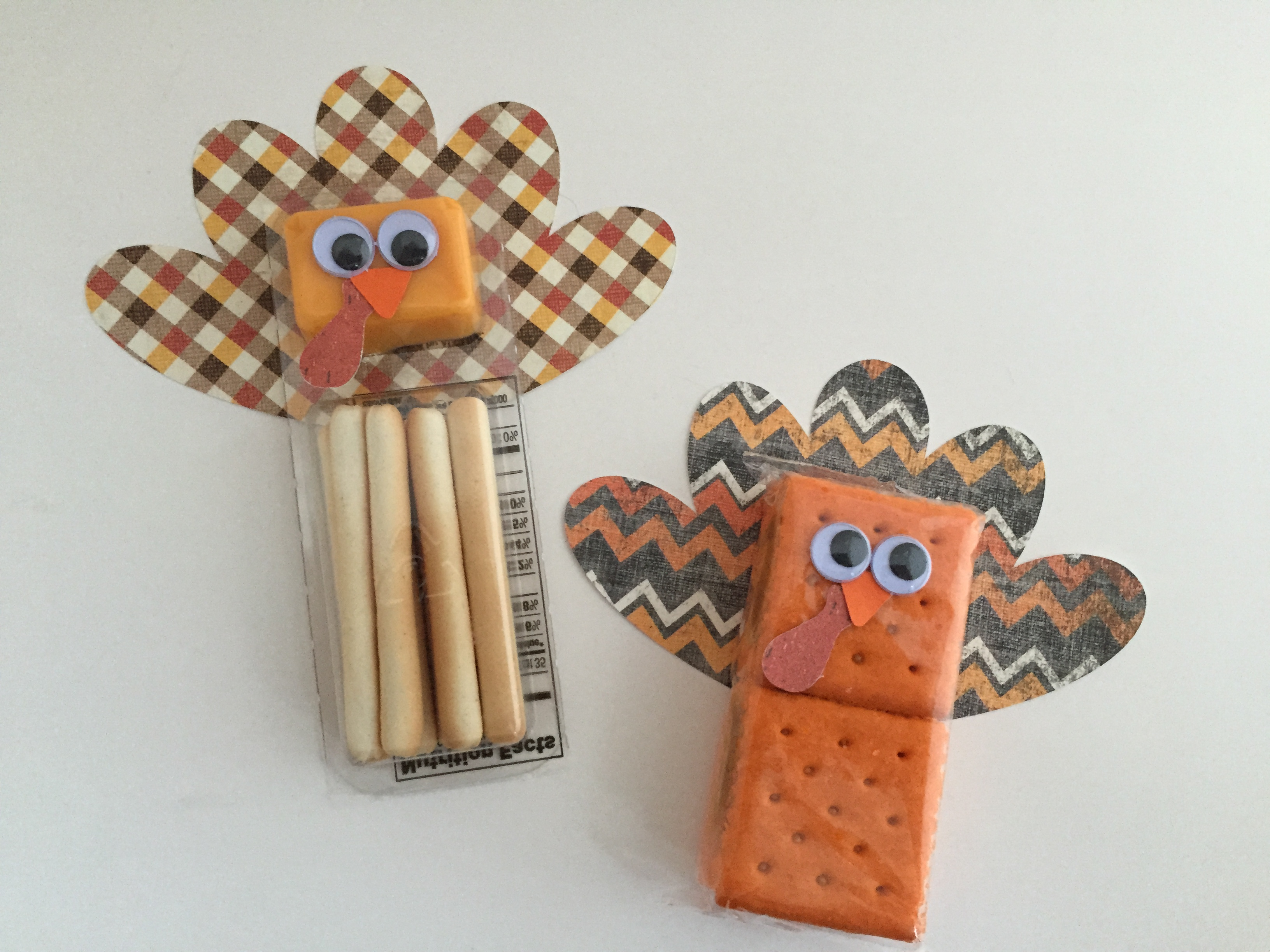 Craftygoat S Notes Making Thanksgiving Themed Crackers